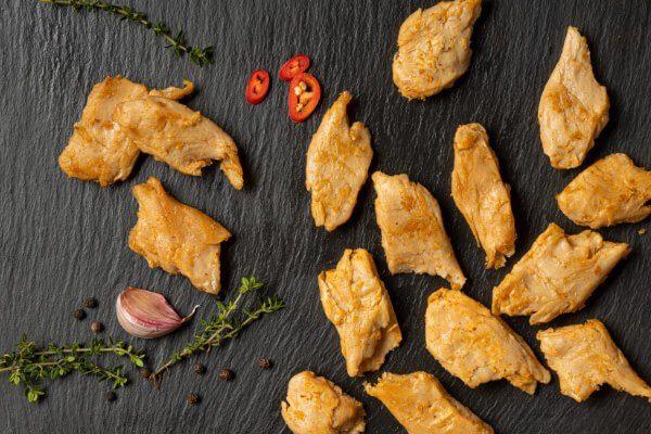 tiras de carne vegana sabor pollo proteína vegetal